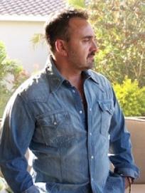 Greg-Sandora